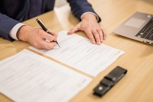 Baisser ses mensualités avec un courtier en prêt immobilier