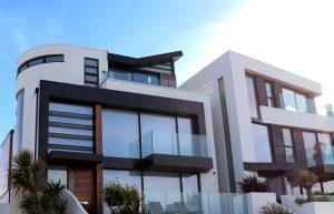 Choisir entre le cautionnement et l'hypothèque pour votre garantie de prêt immobilier